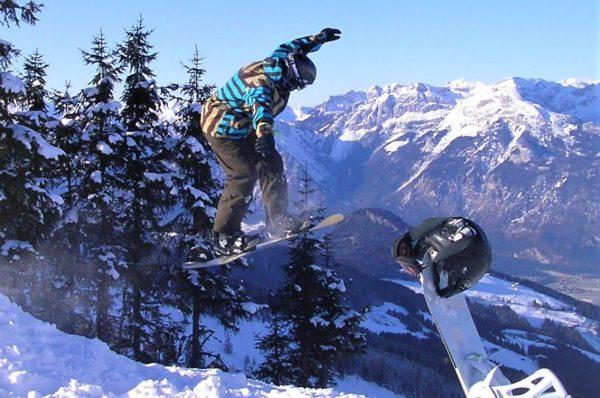Snowboarder Sprung