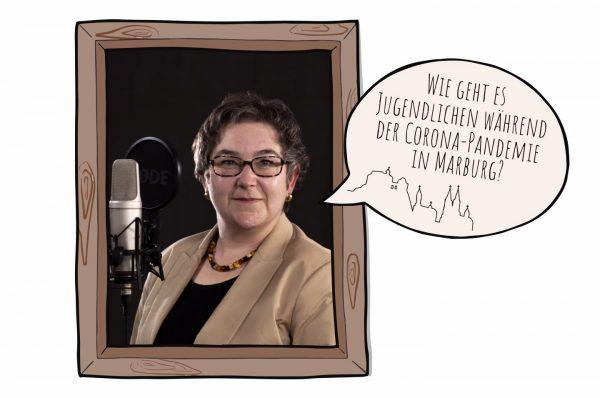 """Stadträtin Kirsten Dinnebier in einem gemalten Holzrahmen neben einem Mikrofon, dazu eine Sprechblase """"Wie geht es Jugendlichen während der Corona-Pademie in Marburg""""."""
