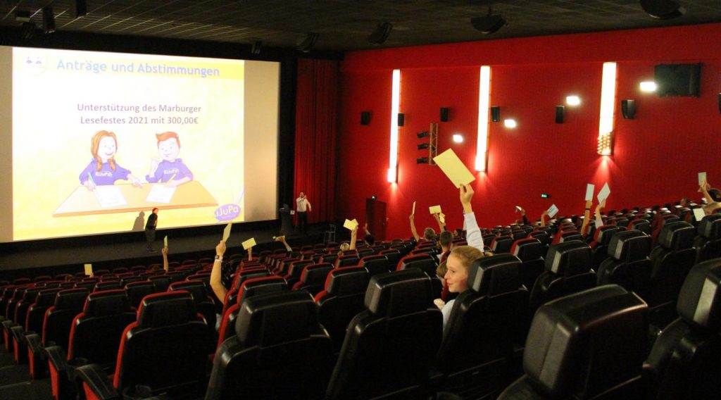 KiJuPa-Sitzung im Cineplex
