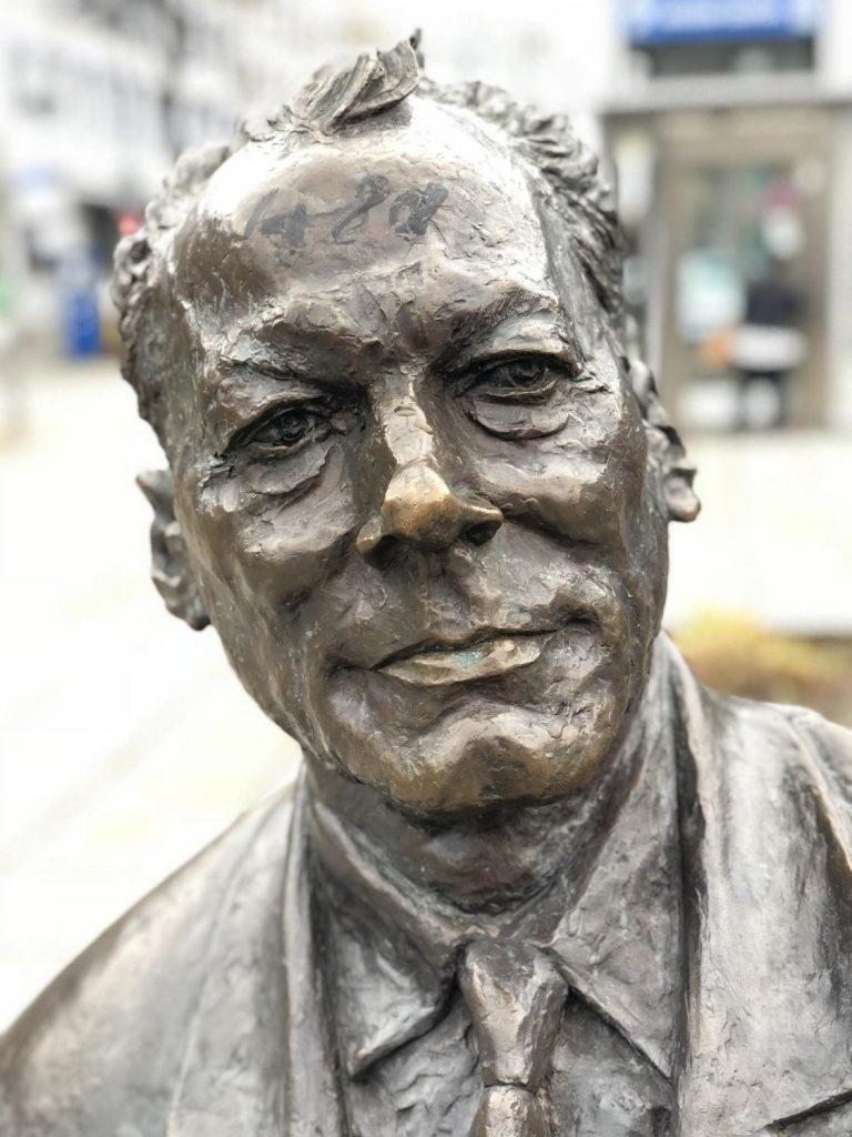 Willy Brandt - Bronzefigur